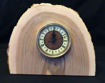 H16006 mantel clock