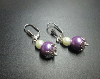 White and purple glass bead earring