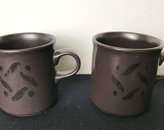 Set of 2 Pfaltzgraff Black Pinwheels Flat Cups (Mugs)
