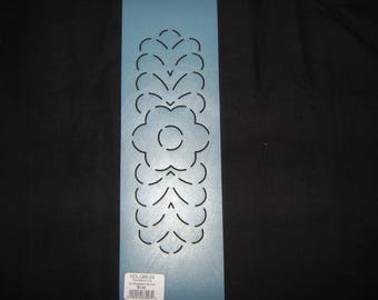Sashiko Japanese Embroidery Stencil 3 in. Simple Flower Motif Border/Quilting