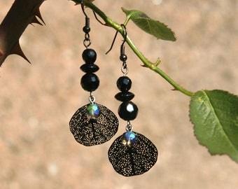 Smoked glass iridescent black /feuille /perles black earrings / gift women girls