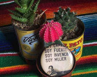 Soy mujer button