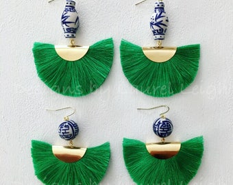 GREEN Ginger Jar Fan Earrings | Kelly green, emerald, lightweight, blue and white, chinoiserie, gold, Designs by Laurel Leigh