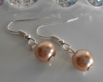 Wedding earrings beige beads