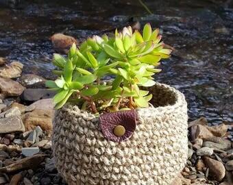 Medium Crochet Jute pot plant holder, Crochet Storage Baskets, Natural Jute Basket
