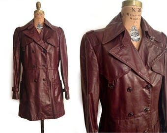 Vtg. 1970s Etienne Aigner Oxblood Short Leather  trench Coat/ Jacket- L
