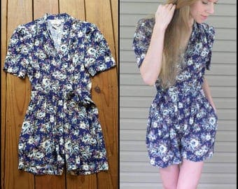 Karin Stevens Vintage 80's M size 12 blue rose purple floral wrap side tie short sleeve romper
