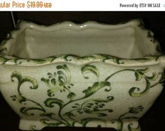 On Sale Hand-painted porcelain vase made in China