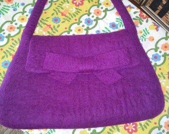 Quirky purple felt handbag.Super cute and unique!Gorgeous ,clean condition,stunning vibrant color.