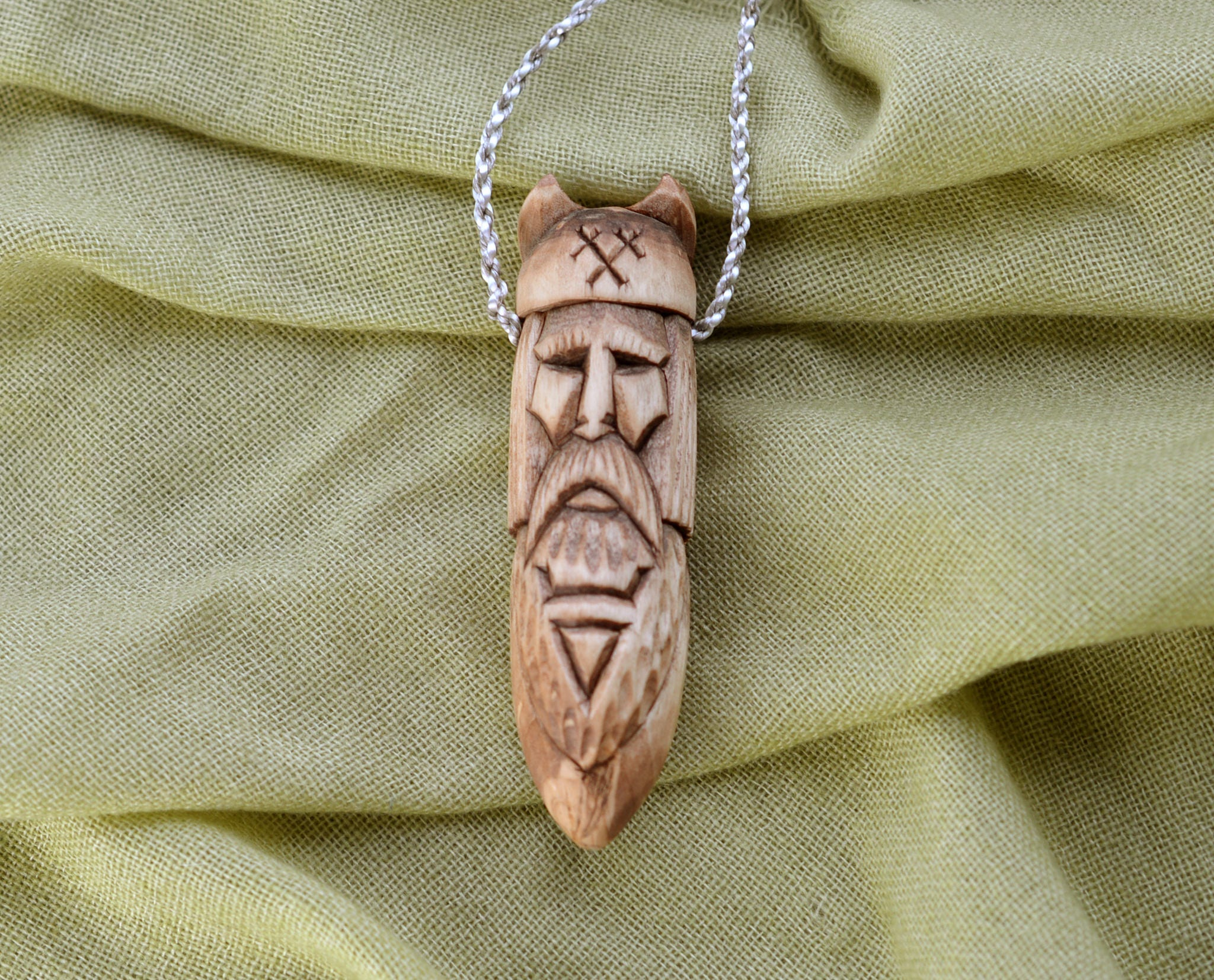 ie wood zoom il handcarved knot necklace pendant irish fullxfull celtic shamrock carving listing oak