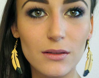 wooden Black/Gold feather earrings