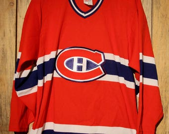 Vintage Montreal Canadiens NHL CCM Hockey Sewn Red Jersey Adult Size Medium +