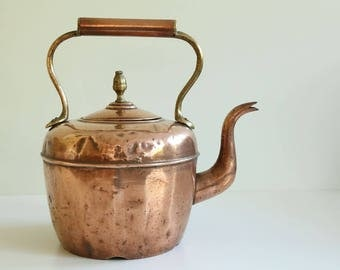 Antique copper water kettle (ca. 1820-1840, 19thC)