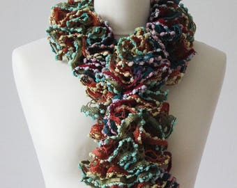 Crochet scarf. / Mother's Day gift
