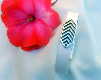 White 10mm flat leather bracelet