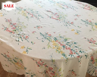 Tablecloth, Vintage Cotton Flower Print Round Tablecloth, Cottage Chic Vintage Flowered Tablecloth, Round Flower Print Cotton Tablecloth