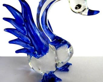 Fabulous glass figurine - Swan