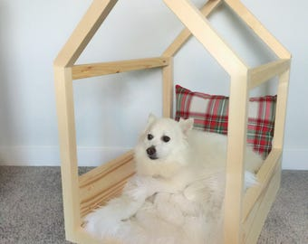 Made in US Dog / Cat House Bed