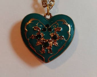Turquoise heart pendant necklace