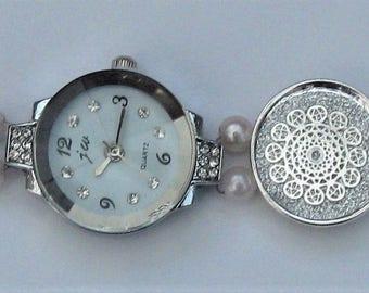 WA61 – Silver and white bracelet watch