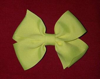 Beautiful basic bow