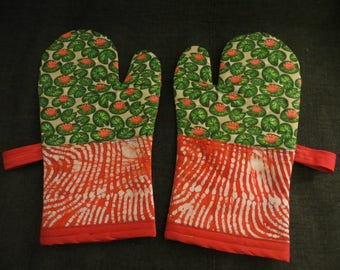 Rainforest: Homemade Upcycled Oven Mitts