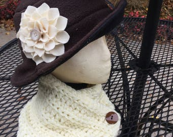 Brown wide rim hat with flower pin
