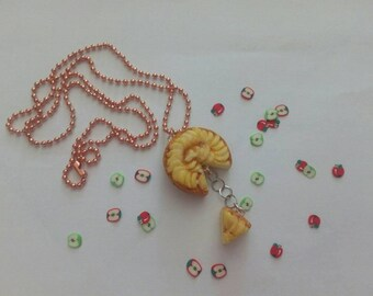 Apple pie Necklace