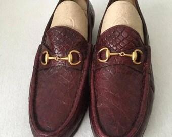 Vintage rare  GUCCI burgundy flats in crocodile leather eu  38.5, US 7.5 , UK 5.5