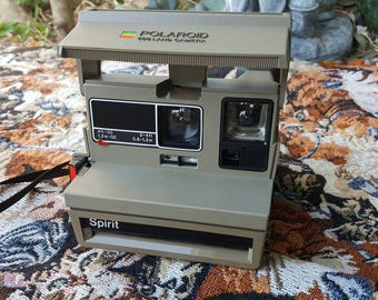 Vintage Polaroid Spirit 600 Land Camera UNTESTED Rare Color