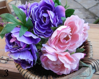 40 Pieces Silk flowers Mix of many flowers Artificial flowers Vintage craft suplie Lots of flowers Flowers bouquet Flowers arrangement