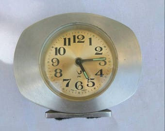 French 60s alarm clock, table clock, travel clock. Wake up Jaz.