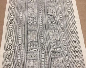 Black and Off-White Patterned Dhurrie Rug
