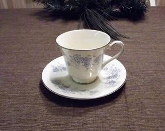 Vintage Royal Doulton *-* MICHELLE, H5078 *-* Cup & Saucer
