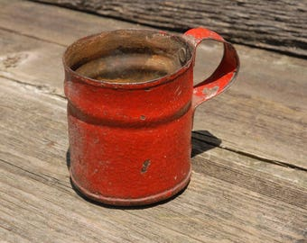 Rusty Red Cup