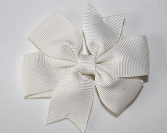 Ecru bow for girl hair clip