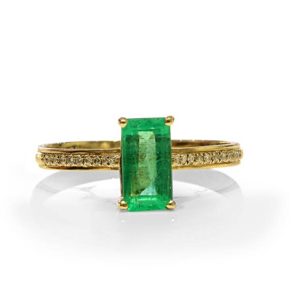 Emerald Gems & Gold