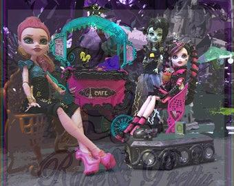 Paris Cafe Monster High