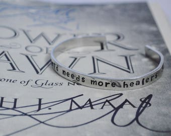 "Bracelet: ""The world needs more healers"" inspired by Tower of Dawn"