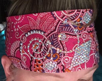 Pink paisley w/irredescent crystals