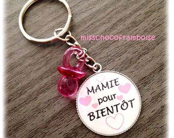 Grandma soon or future Grandma cabochon 25mm key ring