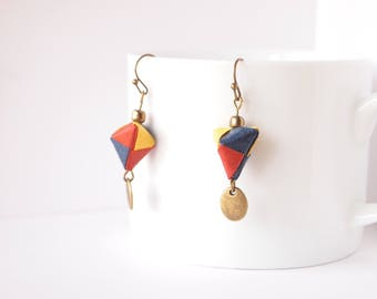 Origami jewelry / Origami triangle 3D / Japanese jewelry / Japanese paper WASHI / made in France by Japanese creator