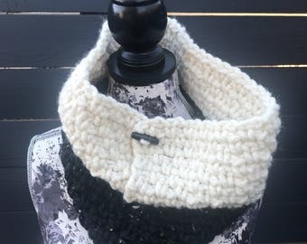 Black and White Cowl, Jigsaw Color Block Cowl, Neck Warmer, Black and White Crochet Cowl, Black Cowl, White Cowll