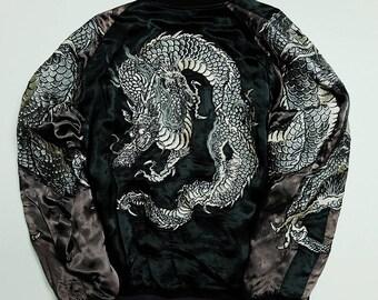 Vintage Japan Classic SCRIPT Yakuza Badass Yanki Ryu Dragon Embroidered Tattoo Art Design Sukajan Souvenir Jacket Tour Jacket Size L SK2519