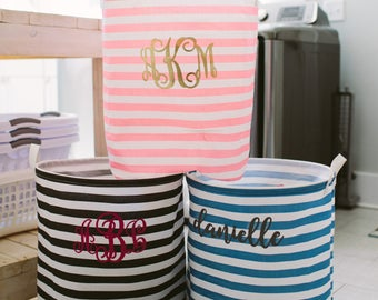Monogrammed Laundry Bag, Graduation Gift, Laundry Hamper, Monogram Laundry Basket, Monogram Clothes Hamper, Laundry Bag Monogrammed