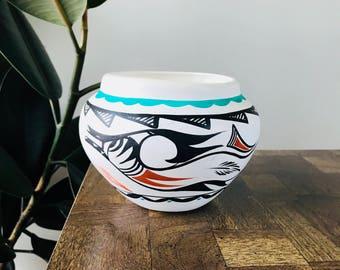 vintage handmade jemez pottery // southwestern white black turquoise painted pottery signed // native american clay bowl urn