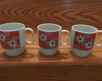 Vintage Retro 1970s Fred Roberts Bird Pedestal Mugs Or Cups In