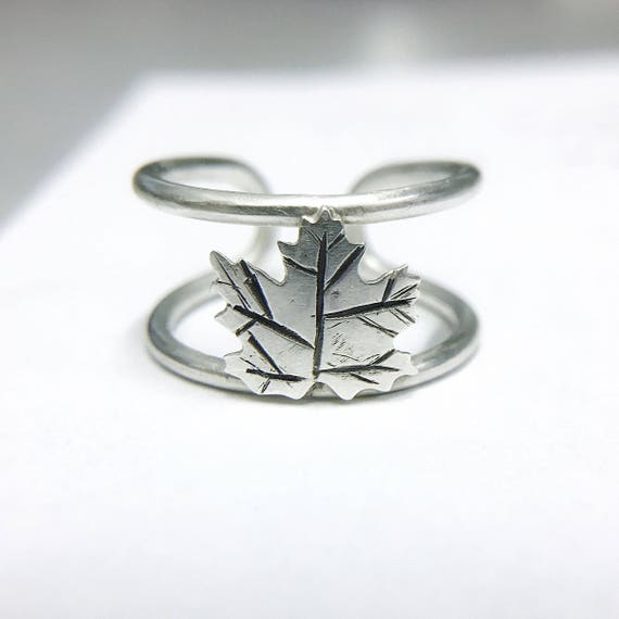 Silver Maple Leaf Ring // Maple Leaf Ring // Adjustable Ring // Silver Ring // Canadian Ring // Silver Leaf // Leaf Ring // Maple Ring