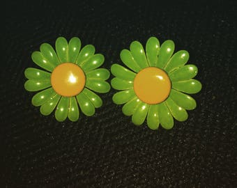 Vintage Flower Power Clip On Earrings