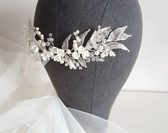 Ivory Silver Bridal hair comb, Silver Bridal headpiece, Bridal hair piece, Wedding hair piece, Wedding hair comb, Wedding headpiece